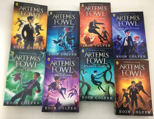 Bộ truyện 'Artemis Fowl' nổi tiếng cỡ nào trước khi có bản phim lỗi?