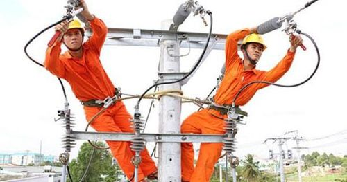 Phó Chủ tịch Hội Điện lực VN: Tính giá điện lũy tiến 6 bậc thang là nguyên nhân tiền điện tăng cao