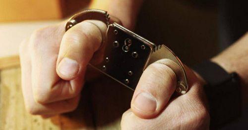 Gã tài xế mạo danh cảnh sát hình sự, lừa tiền người phụ nữ vừa li hôn
