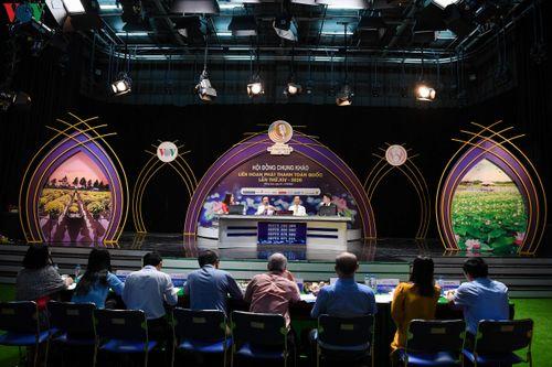 Cận cảnh ngày thi 'Phát thanh trực tiếp' đầu tiên tại LHPT toàn quốc
