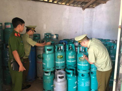 Phạt tiền hơn 12 triệu đồng vi phạm kinh doanh LPG tại Lạng Sơn