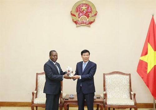 Việt Nam sẵn sàng hỗ trợ Angola phát triển VHTTDL