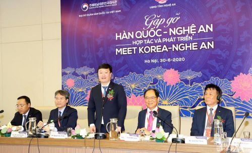 Nhiều doanh nghiệp tham dự Hội nghị 'Gặp gỡ Nghệ An - Hàn Quốc'