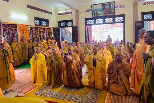 Bình Định : Lễ bách nhật trai tuần cố HT.Thích Đồng Chơn