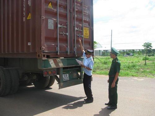 Doanh nghiệp gặp khó trong thực hiện Hiệp định vận tải Việt Nam – Campuchia