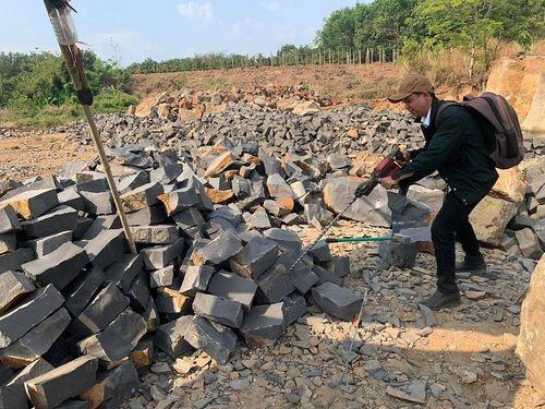 Gia Lai: Khai thác đá trái phép vẫn nộp thuế nhiều năm