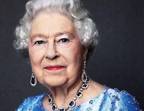 Bất ngờ lý do Nữ hoàng Elizabeth II tổ chức sinh nhật 2 lần/năm
