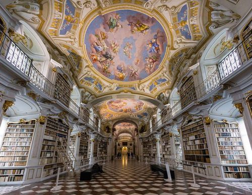 Khám phá vẻ đẹp cổ kính của 4 thư viện tráng lệ nhất thế giới