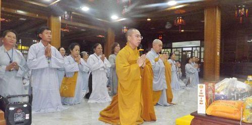 Phật tử Khánh Hòa cúng dường 10 trường hạ Tây Nguyên