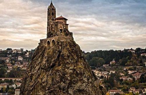 Khám phá 10 nhà thờ tráng lệ nhất nước Pháp