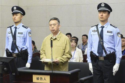 Trung Quốc hé lộ cuộc sống suy đồi của cựu Chủ tịch Interpol
