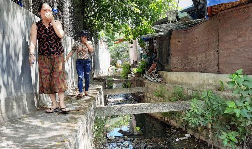 Khu dân cư ở Bình Định khốn đốn vì nước thải ô nhiễm