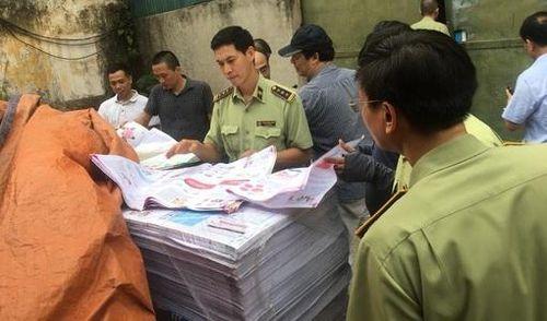 Hà Nội: Phát hiện xưởng in có dấu hiệu in lậu số lượng lớn sách giáo dục