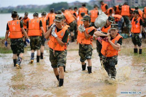 Chưa hồi phục sau Covid-19, Trung Quốc đã hứng chịu mưa lũ lịch sử