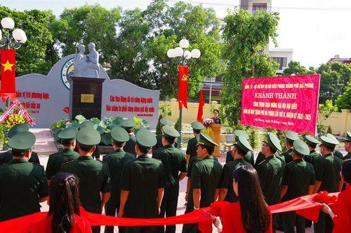 Khánh thành công trình tượng đài 'Bác Hồ với chiến sĩ Biên phòng'