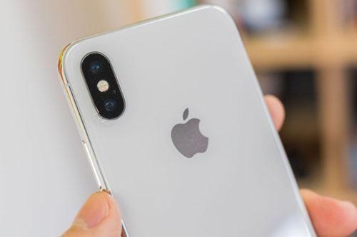 Cùng tầm giá, nên mua iPhone SE 2020 hay iPhone X?