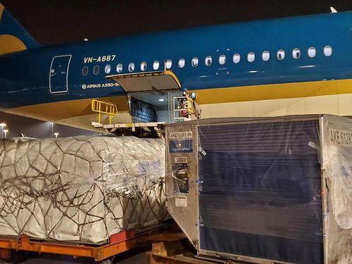 Hàng Việt xuất ngoại: Cước vận chuyển quá cao