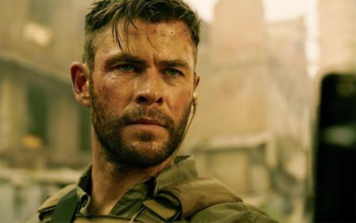 Phim của Chris Hemsworth thu hút lượng người xem online khổng lồ