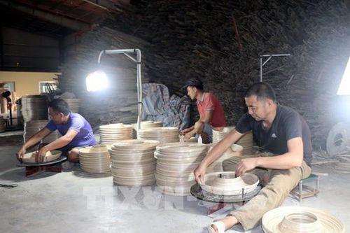 Điện lực Nam Định giảm trên 80 tỷ đồng cho khách hàng bị ảnh hưởng bởi COVID-19
