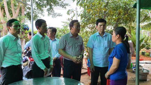 Tai nạn thảm khốc 8 người chết ở Bình Thuận: Người cầm lái xe khách là ai?