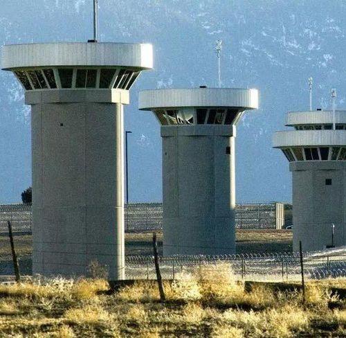 Nhà tù 'siêu an ninh' ADX Florence: Tù nhân bị giám sát từng phút, giam mình 23 tiếng/ngày trong 4 bức tường lạnh