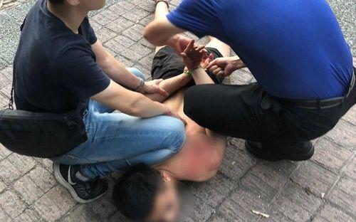 Cướp 3 cửa hàng tiện lợi, 1 người Việt bị bắt ở Đài Loan
