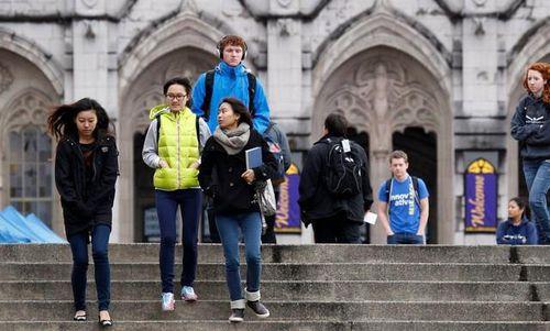 Mỹ: Sinh viên chỉ học trực tuyến không được nhập cảnh