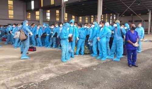 Hơn 100 ca Covid-19 về từ Guinea Xích đạo sẽ hạ cánh tại Nội Bài vào chiều nay