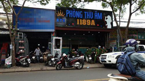 Lại phát hiện 28 người Trung Quốc nghi nhập cảnh trái phép 'trốn' ở phòng thu âm quận Bình Tân