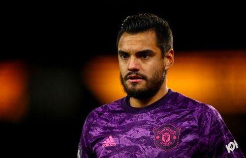 Chuyển nhượng cầu thủ hôm nay (1/8): Man Utd đàm phán với Romero và giữ 'thần đồng' Hannibal Mejbri; Arsenal sắp có tân binh đầu tiên