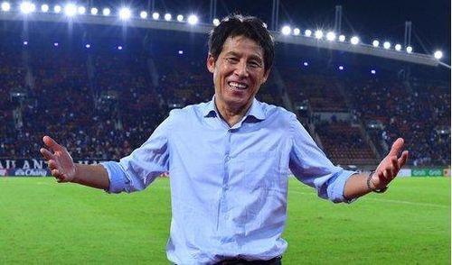HLV Nishino kêu gọi các CLB Thai League vì mục tiêu World Cup