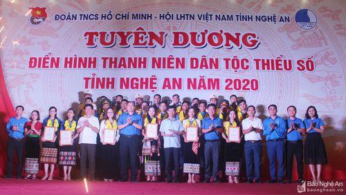 Tuyên dương 24 điển hình thanh niên dân tộc thiểu số tỉnh Nghệ An năm 2020