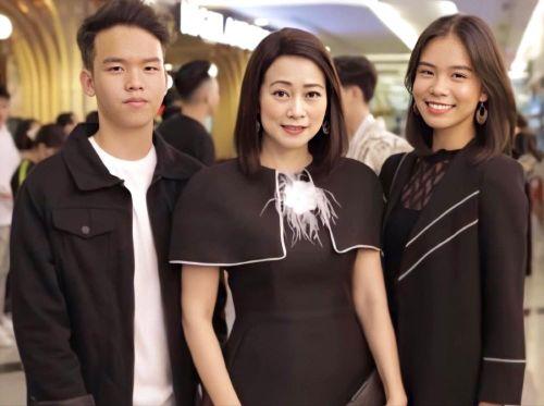 Cô bé 14 tuổi được Kay Trần 'thả thính': Con nhà nòi, đa tài, lại còn 'chất'