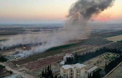 Syria bùng nổ chiến sự, quân Chính phủ và Nga oanh tạc dữ dội ở Tây Bắc, Israel quần thảo vùng biên giới