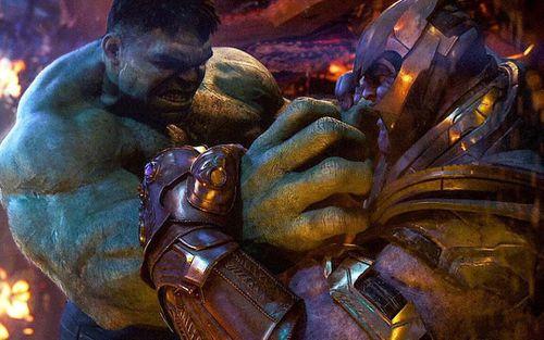 Nếu chỉ đọ vể sức mạnh, liệu Hulk có cửa 'ăn' được Thanos không?
