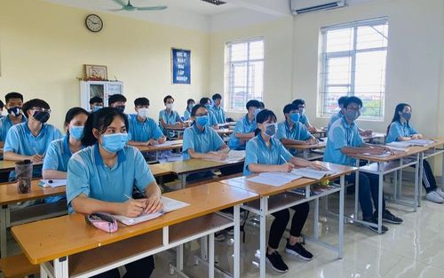 Thi tốt nghiệp THPT 2020: Lường trước gian lận từ khẩu trang