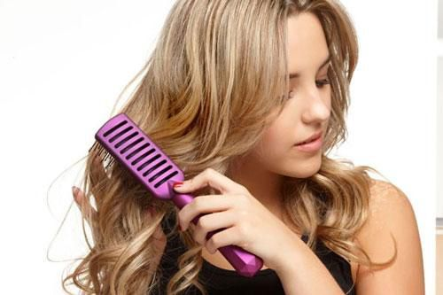 Chăm chỉ chải tóc theo cách này, thân thể khỏe lên trông thấy, 'đánh bay' mọi bệnh tật