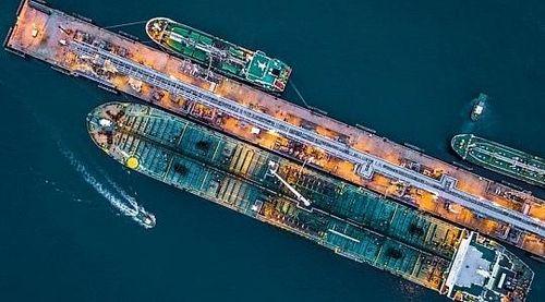 Xuất khẩu dầu của Iran cao hơn dữ liệu chính thức