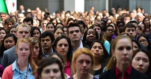 Nghiên cứu cho thấy những người 20-40 tuổi chịu thiệt hại nặng nhất do dịch Covid-19