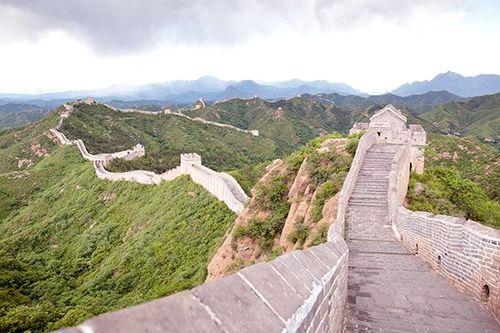 Trung Quốc: Phát hiện bia đá cổ thuộc triều Minh tại Vạn Lý Trường Thành