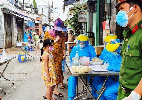 5 người trong 1 gia đình ở Đà Nẵng mắc COVID-19
