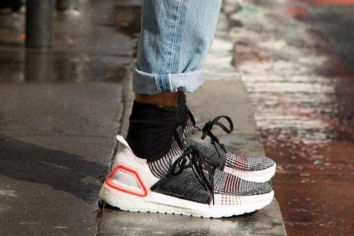 4 đôi giày nam sành điệu, có giá phải chăng