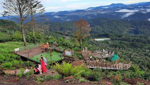 Điểm du lịch 'săn mây' TP Đà Lạt (Lâm Đồng): Bị đình chỉ nhưng vẫn mở cửa đón khách