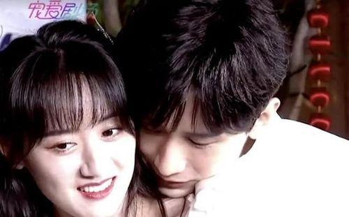 Thành Nghị - Viên Băng Nghiên quảng bá 'Lưu ly mỹ nhân sát': Ôm hôn, tình tứ tái hiện lại những phân cảnh thân mật trên phim