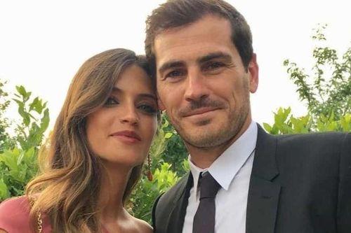 Vợ chồng Casillas bác tin đồn khủng hoảng hôn nhân