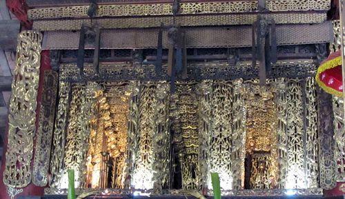 Vẻ đẹp trứ danh của bảo vật quốc gia-Cửa võng đình Diềm (Bắc Ninh)