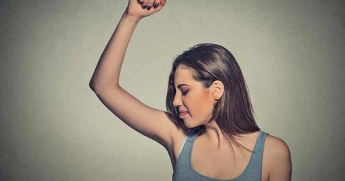 Các nhà nghiên cứu thuộc tìm ra nguồn gốc của mùi dưới cánh tay: một loại enzym