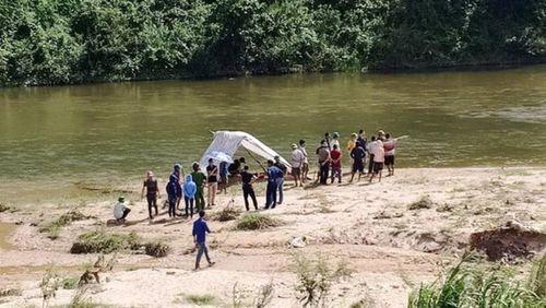 Năm học sinh đuối nước khi tắm sông Trà Khúc và Ngàn Phố