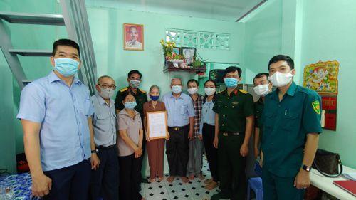 Bộ Tư lệnh TP Hồ Chí Minh: Trao nhà tình nghĩa quân - dân cho gia đình chính sách