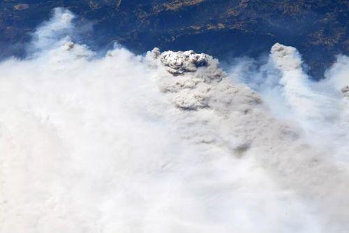 Cháy rừng tại California nhìn từ vệ tinh